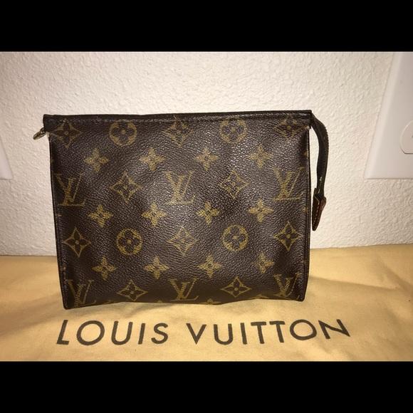 a2d95d4ae8b Louis Vuitton Bags   Authentic Toiletries 19 Case Clutch   Poshmark